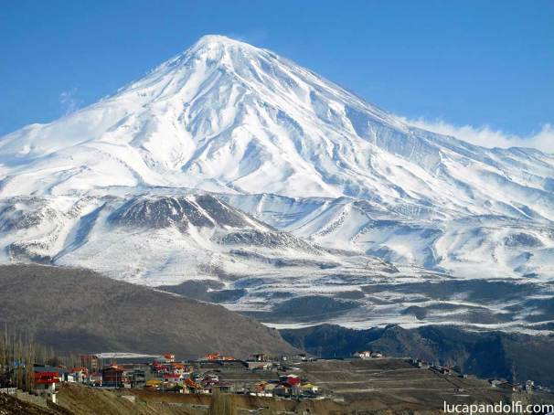 Damavand-wm